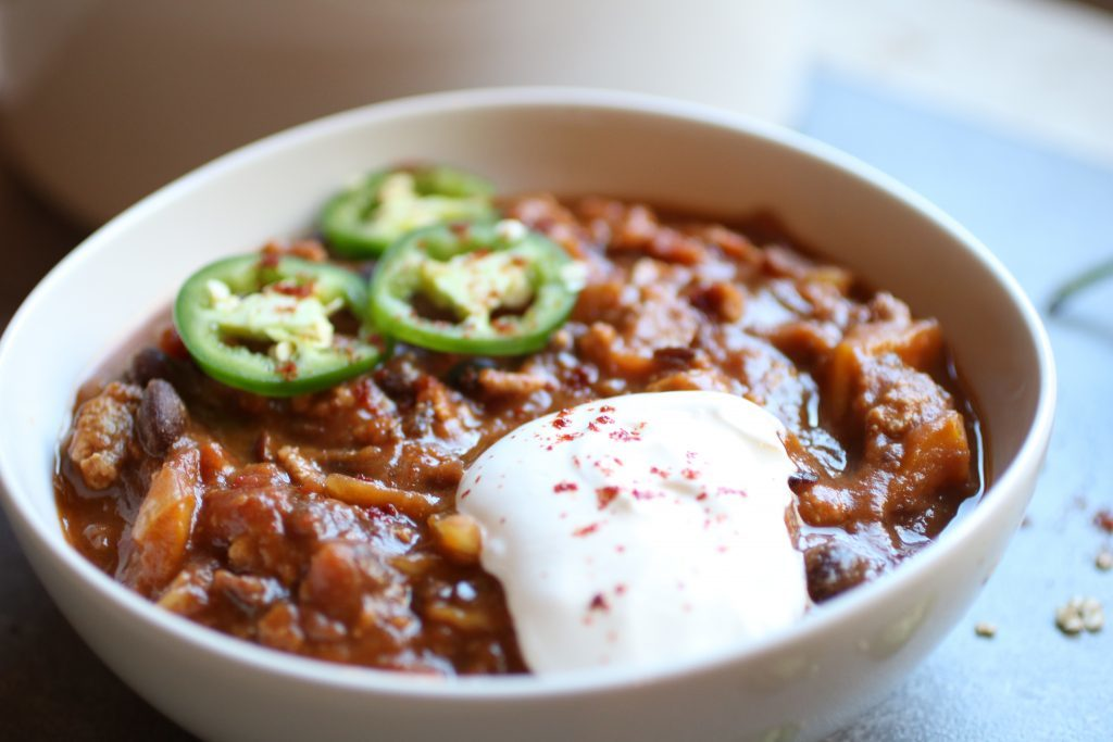 Pumpkin Turkey Chili by Abra's Kitchen | 22 Quick & Easy Halloween Recipes at CaliGirlCooking.com