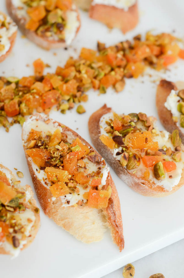 Goat Cheese, Apricot and Pistachio Crostini with Honey | CaliGirlCooking.com