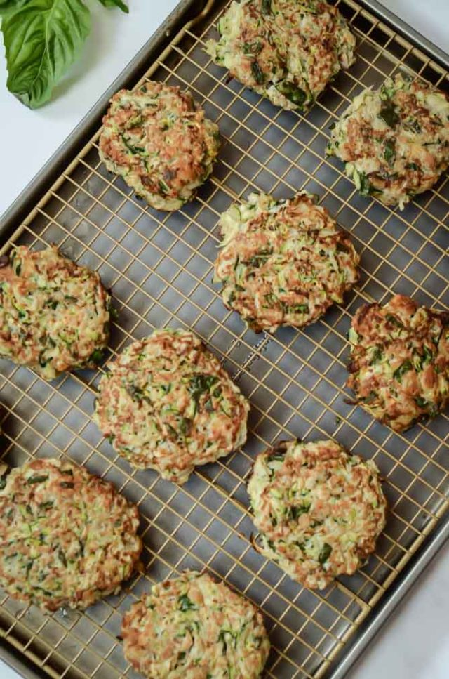 These Crab Zucchini Stuffing Cakes with Lemon Basil Aioli are a fun take on the classic crab cake appetizer, and they're loaded with vegetables!