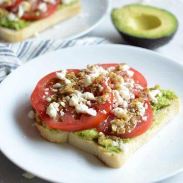 Mediterranean Smashed Avocado Toast | CaliGirl Cooking