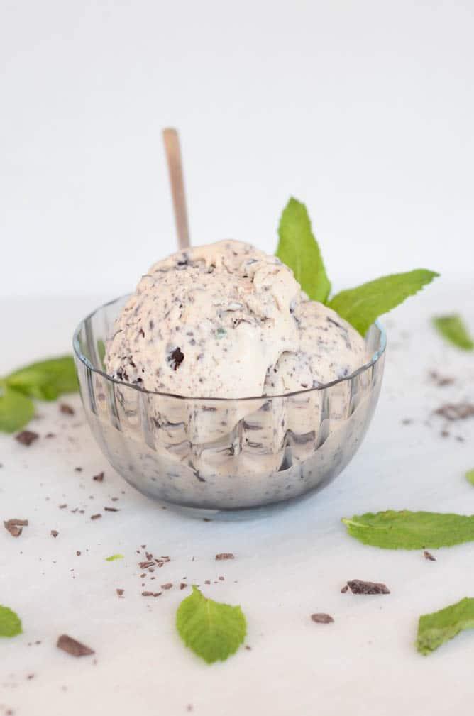 Fresh Mint Dark Chocolate Chip Ice Cream | CaliGirl Cooking