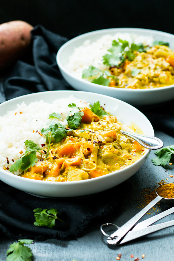 Slow Cooker Chicken Curry with Coconut Milk | 21 Recipes to Get Hygge With on CaliGirlCooking.com