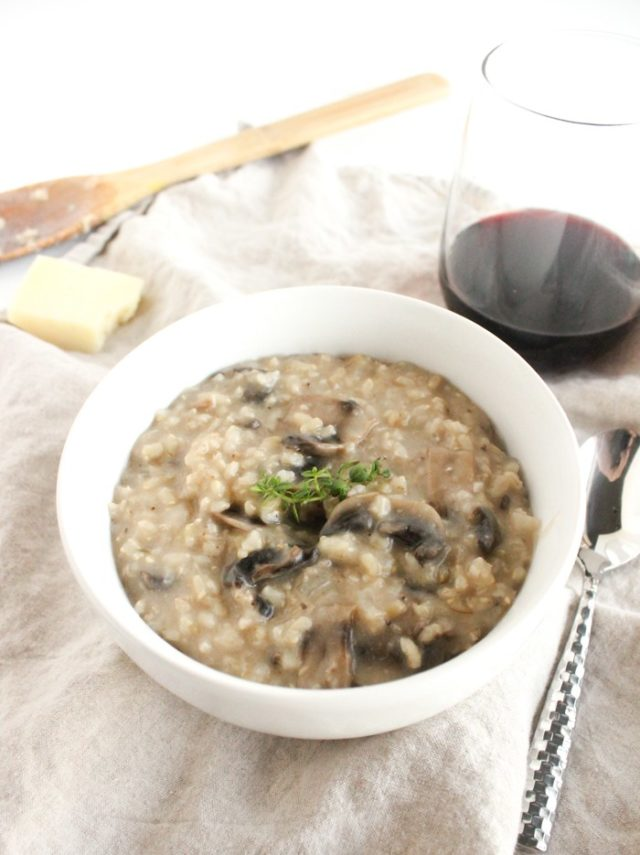 Healthy Mushroom Risotto | 21 Recipes to Get Hygge With on CaliGirlCooking.com