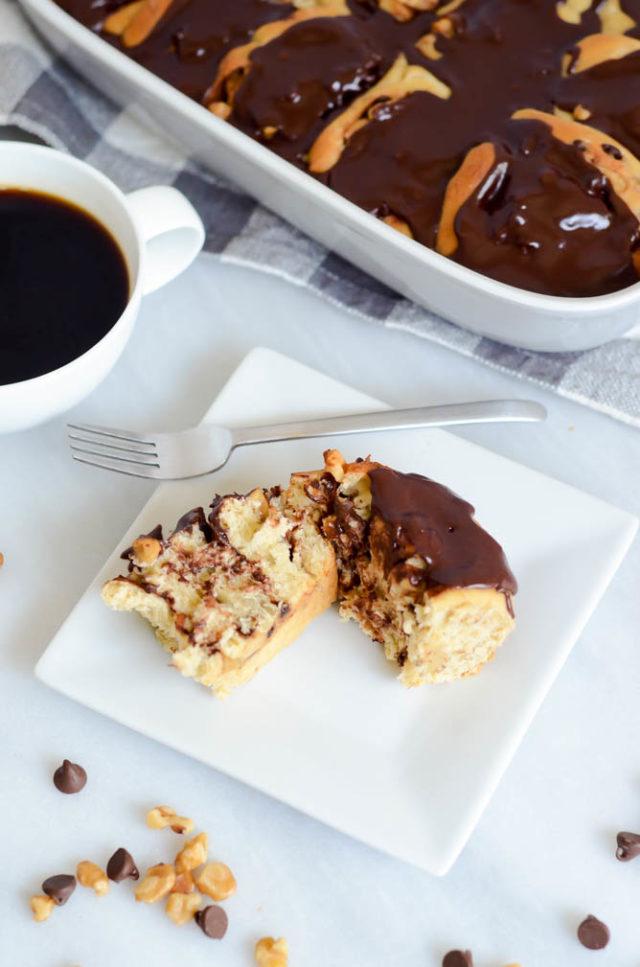 Chunky Monkey Cinamon Rolls with Chocolate Glaze | CaliGirlCooking.com