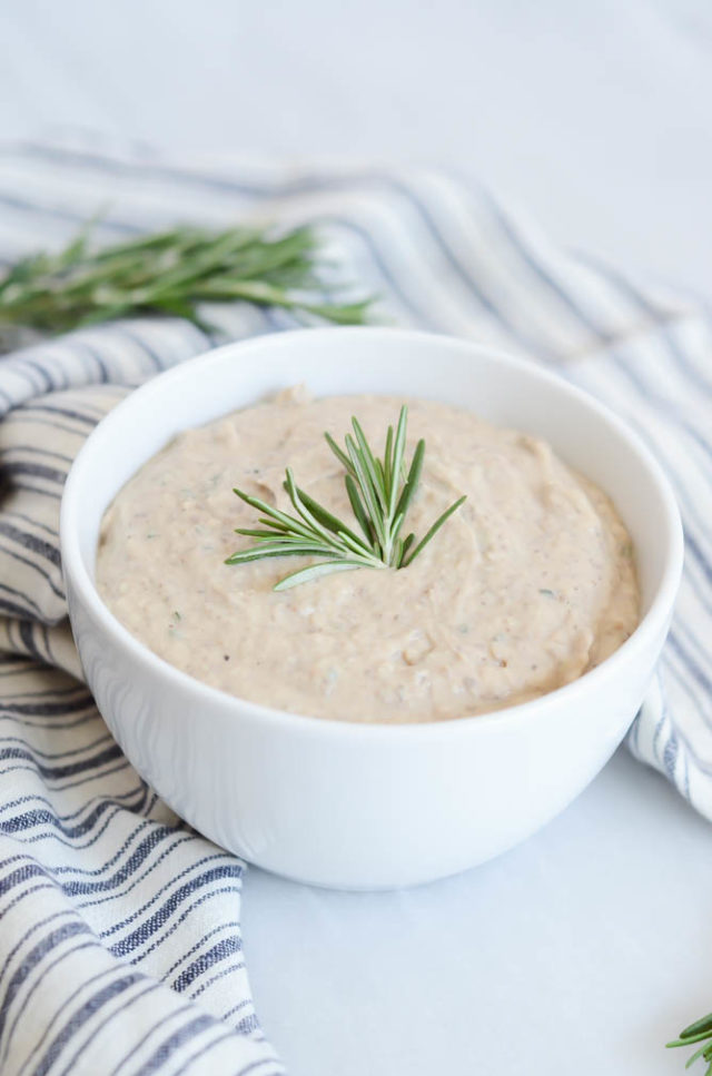 Portobello Hummus | CaliGirlCooking.com