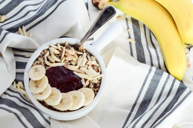 A big PB&J Quinoa Bowl is the perfect healthy, filling breakfast to get your week started on the right foot.