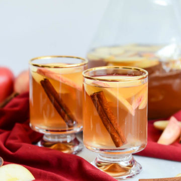 From-Scratch Slow Cooker Spiced Apple Cider is the perfect drink to take us into fall!