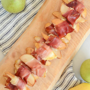 A tray of Prosciutto-Wrapped Pears with Creamy Blue Cheese ready to be devoured!