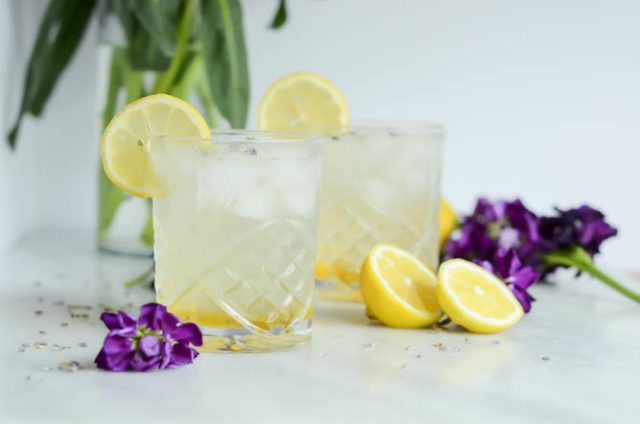 A Lavender Collins is the perfect cocktail to kick off the first weekend of spring!