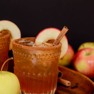 This Maple Apple OId Fashioned is a fun fall twist on the classic whiskey cocktail.