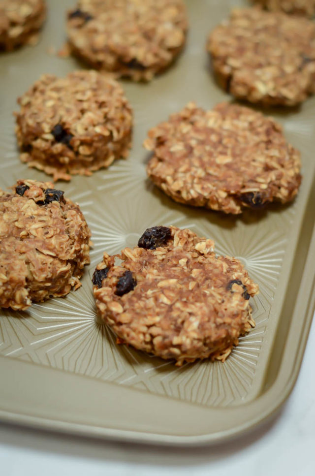 A tray of freshly baked Peanut Butter Banana Breakfast Cookies.